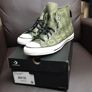 Converse gore-Tex hi tops men's 7 women's 9 green